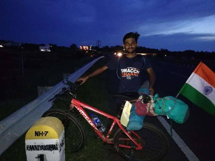 For making people aware about plantation Sharavan Kumar is Cycling