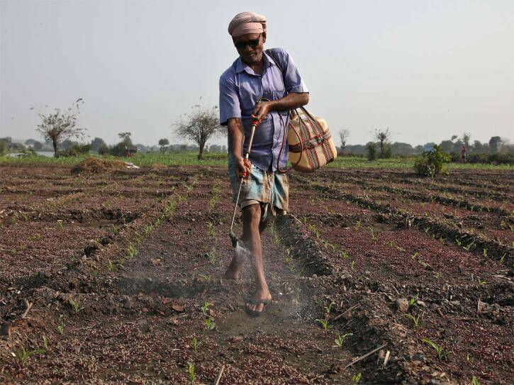 farmer donated 2 lakh rupees to buy oxygen