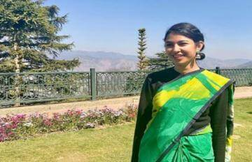 Success story of becoming an IAS officer Ananya Singh
